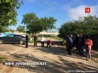 У Кропивницькому мешканці заблокували гаражний кооператив