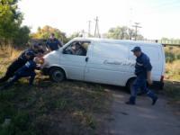 На Кіровоградщині автівку витягли з кювету