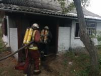 На Кіровоградщині вогнеборці приборкали дві пожежі у житловому секторі