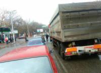 У Кропивницькому біля Критого ринку вантажівка переїхала жінку