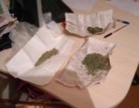 На Кіровоградщині у двох громадян працівники поліції виявили наркотичні засоби