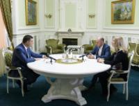 Глава Уряду зустрівся з керівництвом МОЗ
