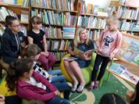 У Кропивницькому діти читають Сухомлинського