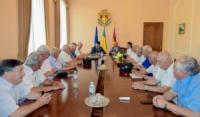 Ветеранів держуправління Кіровоградщини привітали з прийдешнім професійним святом