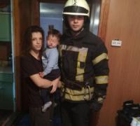 У Кропивницькому рятувальники надали допомогу по відкриванню дверей житлового будинку,  в якому знаходилась дитина