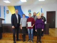 На Кіровоградщині вручено ключі від квартири та документи на право власності дитині-сироті
