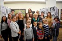 У Кропивницькому відкрили виставку «Між білим та чорним»