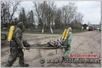 Навчання на Кіровоградщині: у ДТП автоцистерна з аміаком зіткнулась із легковим автомобілем