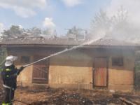 На Кіровоградщині у двоповерховому житловому будинку виникла пожежа