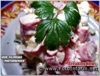 Простой рецепт салата из крабовых палочек от Игоря Филипенко