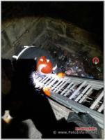 У Кропивницькому чоловік провалився у триметрову яму
