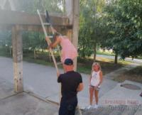 На Кіровоградщині дитину зняли з небезпечної висоти