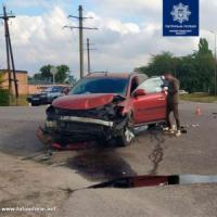 На Кіровоградщині через ДТП перекинулася автівка