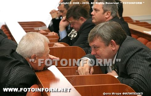 Cергей Ларин принял участие в работе сессии горсовета (ФОТО Игоря Филипенко)